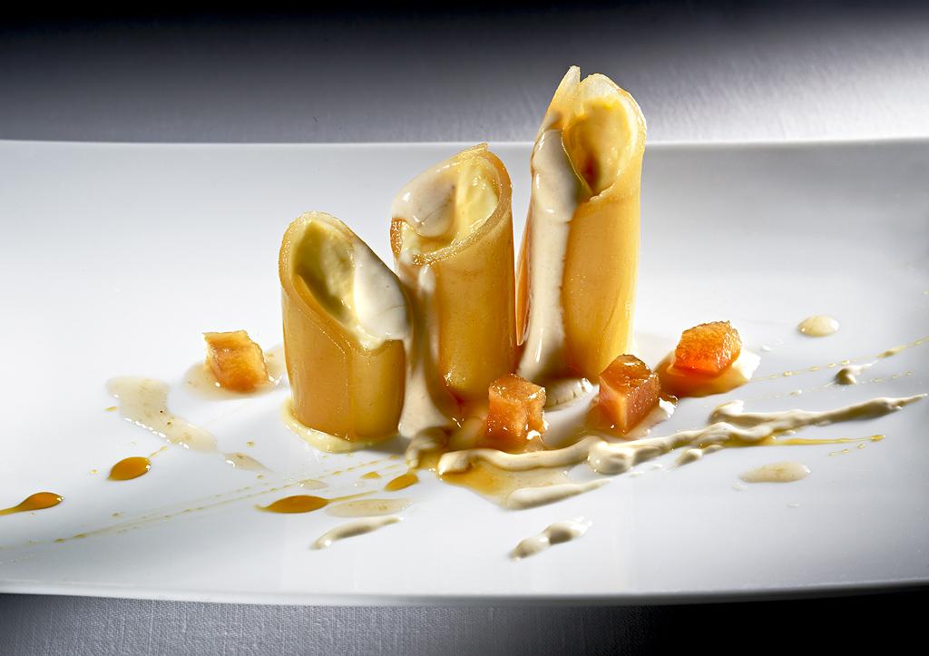 """Restaurante <a href=""""http://www.restaurante-elrefugio.com/"""">El Refugio</a>"""