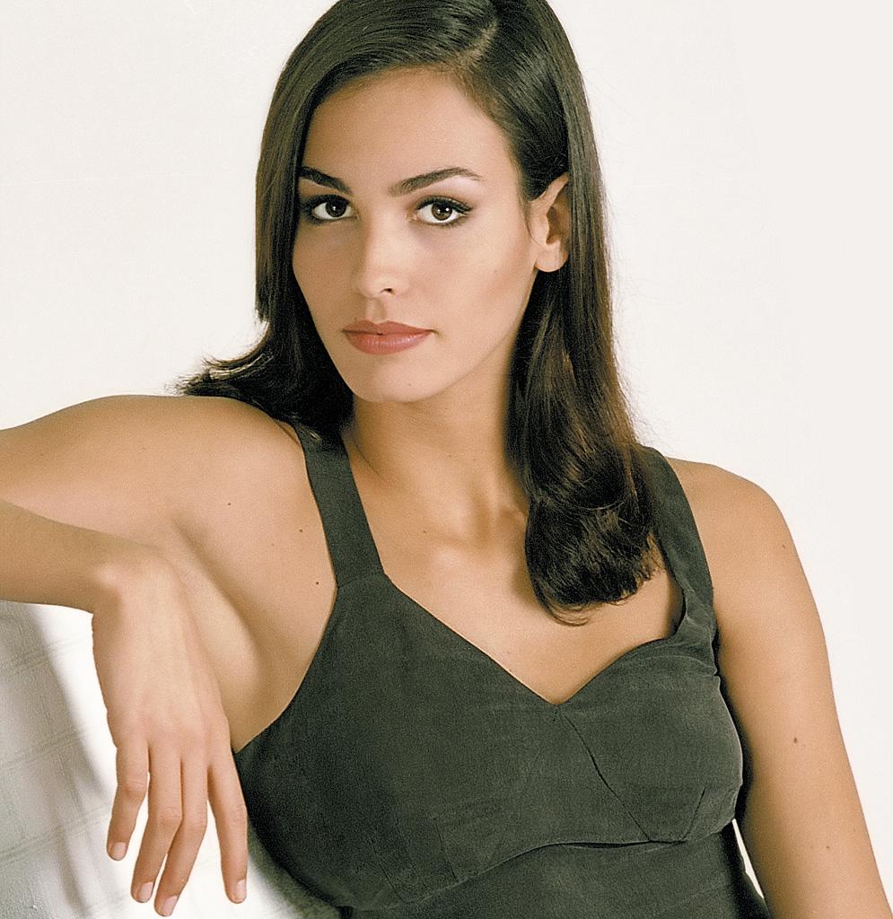 "<a href=""http://es.wikipedia.org/wiki/Inés_Sastre"">Inés Sastre</a> para <a href=""http://www.caramelo.com/es/"">Caramelo</a>"